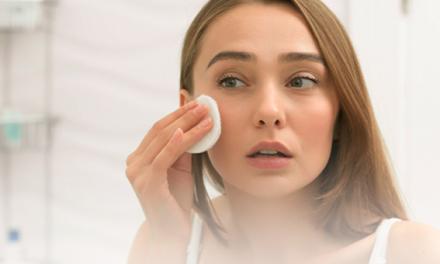 Veja como diminuir a oleosidade da pele do rosto com esses cuidados