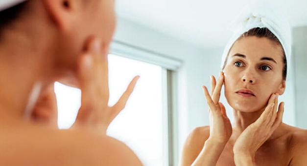 Manchas no rosto: o que fazer para cuidar da pele?